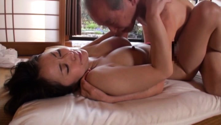 Japanese av model. Japanese AV Model with great assets has cunt filled with sperm